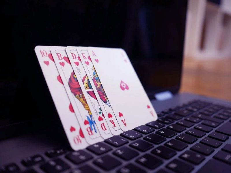 Lo que debes saber al jugar póker online | Cómo jugar póker online
